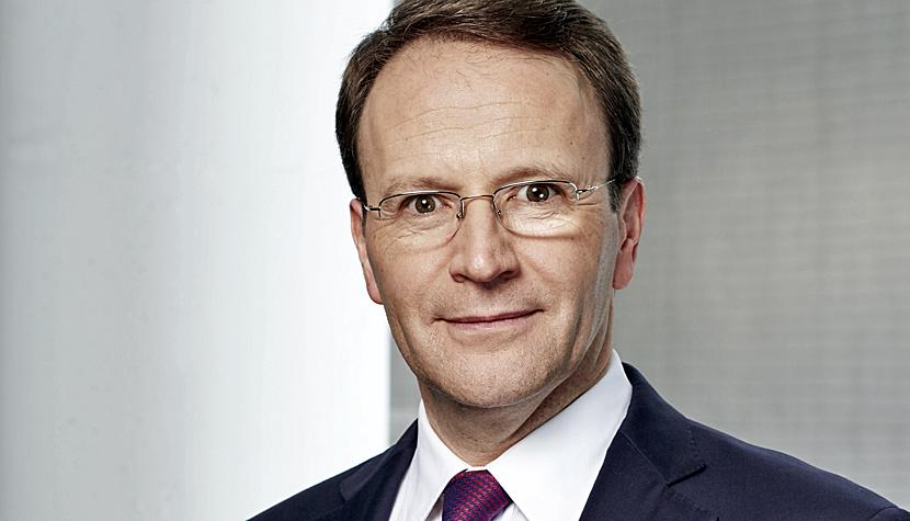 Mark Schneider, CEO con Nestlé.