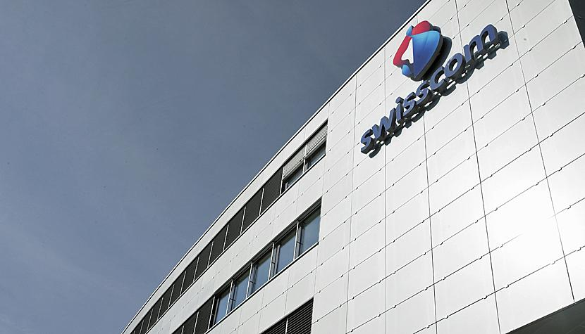 Das Swisscom-Logo am Businesspark in Köniz.